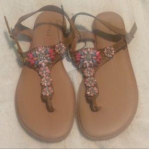Torrid NWT tan floral jeweled t strap sandals